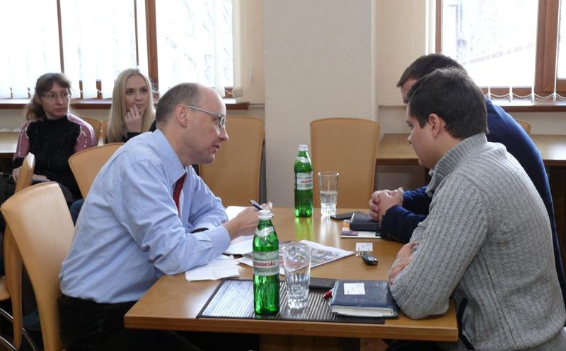Встречаем Ашан в Днепропетровске %d0%b1%d0%b5%d0%b7 %d1%80%d1%83%d0%b1%d1%80%d0%b8%d0%ba%d0%b8